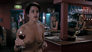 Neve Campbell - ''I Really Hate My Job''